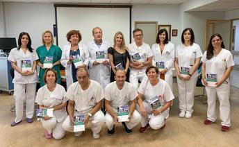 Profesionales de enfermería del Hospital de Parapléjicos de Toledo comparten su experiencia sanitaria en un manual de procedimientos