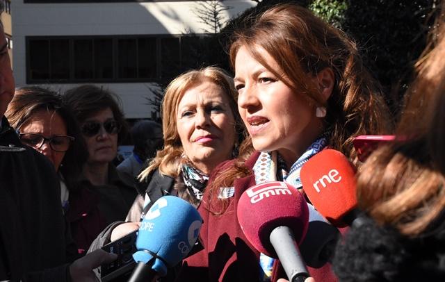 La Junta destaca la colaboración entre las instituciones públicas para mejorar a las personas afectadas de Párkinson