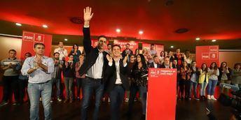Unos 400 militantes socialistas acompañaron a Pedro Sánchez en su acto público de Albacete