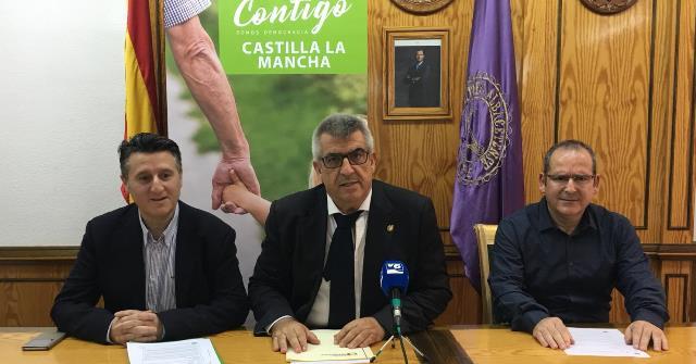 """Soriano dice aportar más pruebas de las """"irregularidades"""" en el proceso de licitación de las zonas verdes de Albacete"""