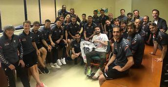Los jugadores del Alba visitaron a Pelayo en el viaje a tierras mañas.
