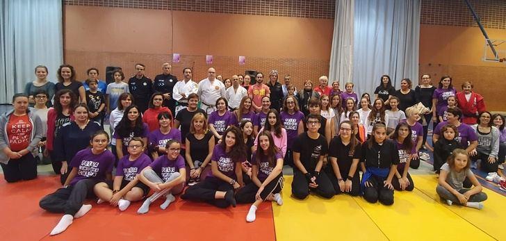 'Pelea como una chica' arranca su curso de autodefensa contra la violencia de género con el apoyo de la Diputación de Albacete