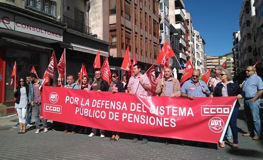 Pensionistas y sindicatos exigen en Castilla-La Mancha garantías de pensiones dignas
