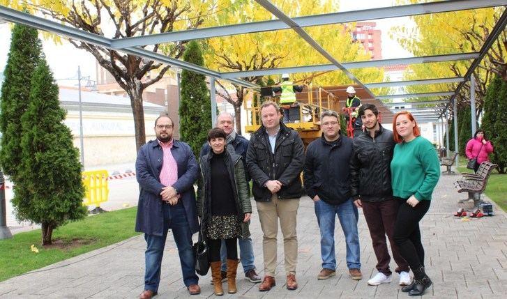 La pérgola de la plaza de los Depósitos del Sol de Albacete se renueva con una inversión de 150.000 euros