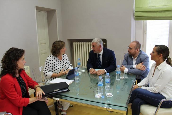 52 millones para 8.000 contrataciones en el nuevo Plan de Empleo de la Junta de Castilla-La Mancha