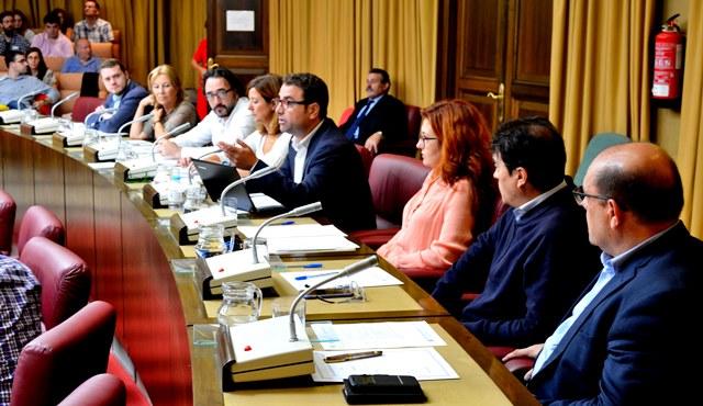 El PSOE de Albacete propone la creación de la figura de educador social en la plantilla del Ayuntamiento