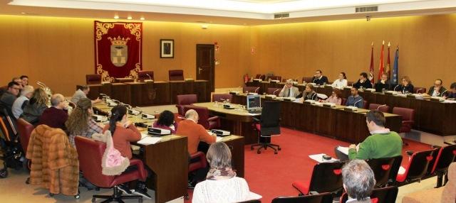 Imagen de archivo de un pleno participativo en el Ayuntamiento de Albacete