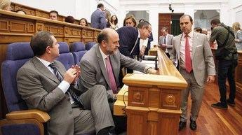 Las Cortes de Castilla-La Mancha apoyan a las Fuerzas de Seguridad y su permanencia en Cataluña
