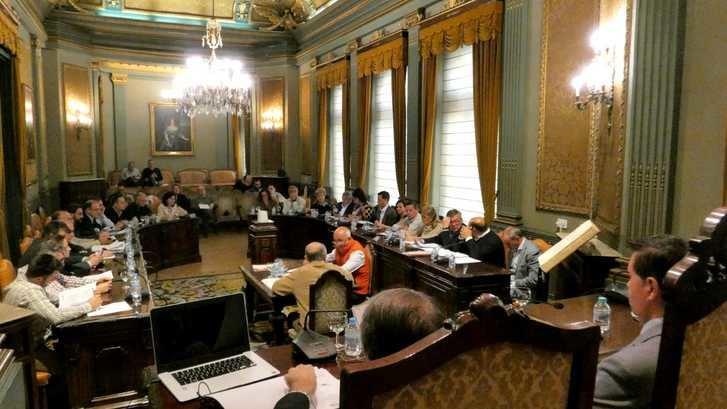 La Diputación de Albacete aprueba destinar 5,7 millones de su superávit de 2018 para los planes de obras y servicios