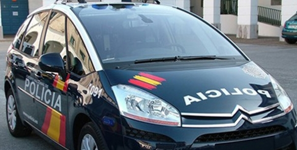 La Policía Nacional detiene en Albacete a un hombre que prendió fuego a su casa y amenazaba con quemar el edificio