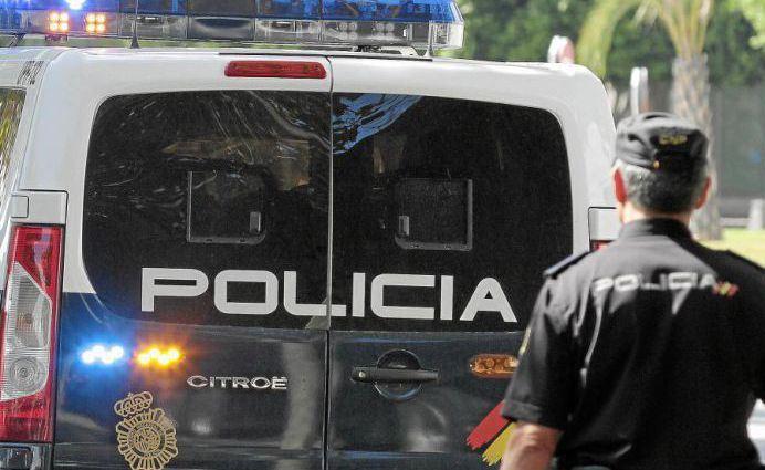 La Policía de Hellín detiene a dos personas por un robo con violencia en un salón de juego