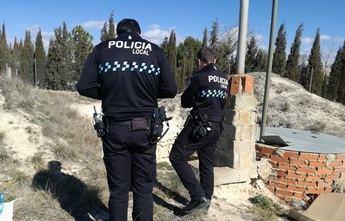 Ricardo Cutanda, candidato a la alcaldía por UCIN, denuncia pozos ilegales y peligrosos en Albacete