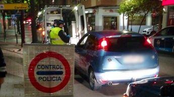 La Policía Local de Albacete intervino en dos fiestas en domicilios y denunció a 15 personas