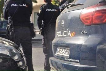 Detienen a tres hombres en Albacete mientras sustraían el catalizador de un vehículo