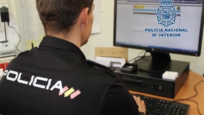 Detenido en Talavera por enviar a una red social imágenes sexuales de una mujer, sin su consentimiento