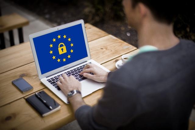 Protección de datos y consentimiento legal en tiempos de internet. Lo que necesitas saber
