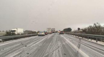 Imagen de la colisión múltiple en la autovía, cerca de Pozo Cañada.