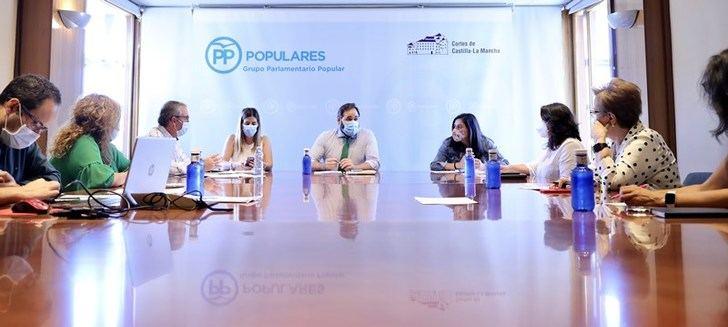El PP de Castilla-La Mancha pide algo de 'recato' y 'autocrítica' a Page en la crisis del coronavirus