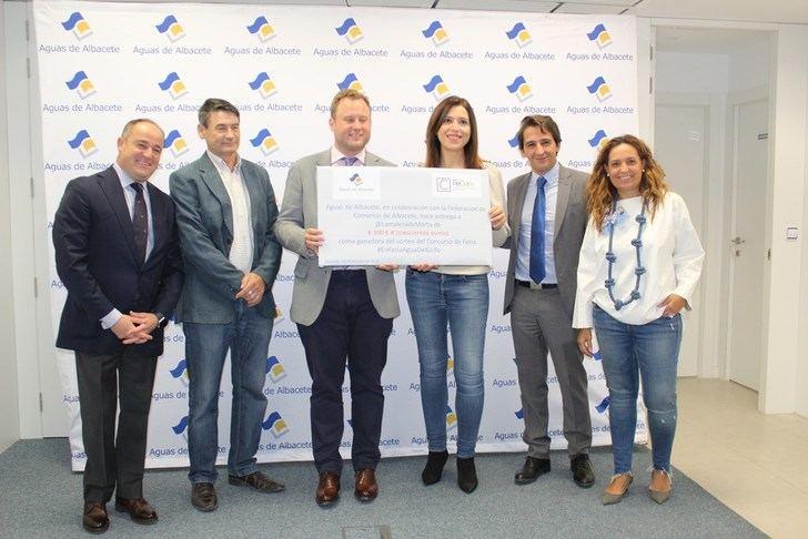 Aguas de Albacete entrega el premio del Sorteo #EnFeriaAguaDelGrifo