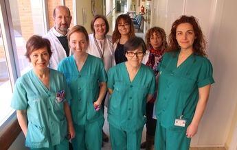 Profesionales de Enfermería de la UCI del Hospital de Toledo, premiadas por un trabajo sobre la canalización de catéteres