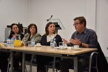 Presentada en la residencia de Afaeps de Albacete la obra literaria de Antonio Ramos Bernal