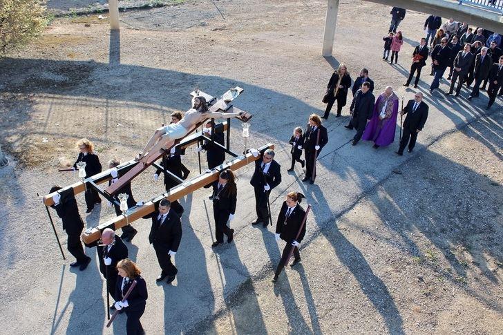 La Procesión del Cristo de las Misericordias abre los desfiles de la Semana Santa de Albacete