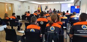 Voluntarios de Protección Civil se forman para intervenciones con discapacitados en Castilla-La Mancha