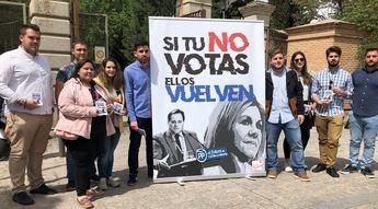 Los jóvenes socialistas de Castilla-La Mancha lanzan una 'ocurrente' campaña para pedir el voto