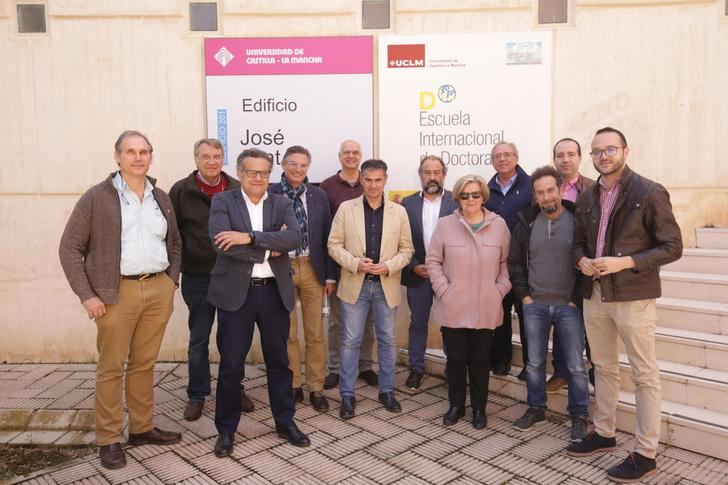 El PSOE de Albacete traslada a profesores e investigadores su apuesta por una nueva Ley de Universidades