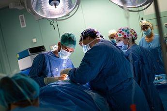 Las operaciones quirúrgicas caen casi a la mitad en Castilla-La Mancha, debido a la incidencia del coronavirus