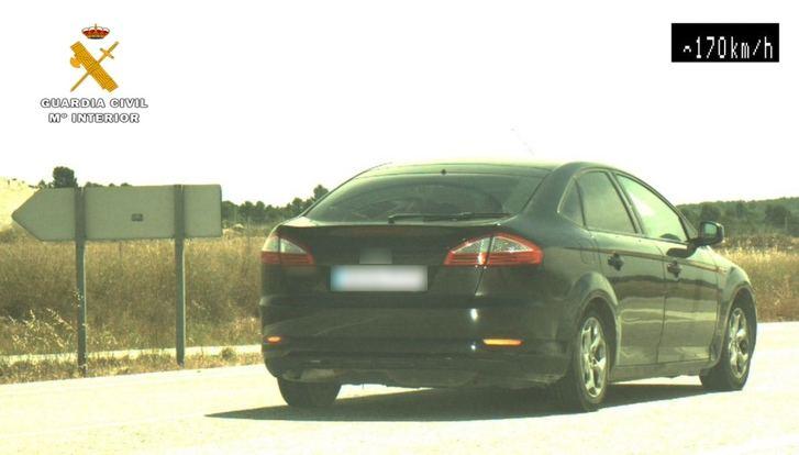 La Guardia Civil de Albacete investiga a un conductor que circulaba a 170 en un tramo de 80, cerca de Hellín