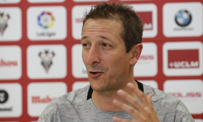 Ramis, entrenador del Albacete, cree 'la exigencia estará por encima del límite' en choque ante Granada