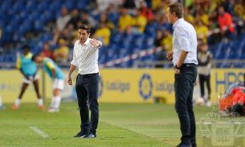 Ramis y Manolo Jiménez se enfrentaron en alguna ocasión desde su zona técnica.