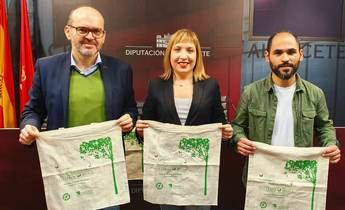 El reciclaje, promovido por la Diputación de Albacete, ha evitado la tala de más de 3,5 millones de árboles