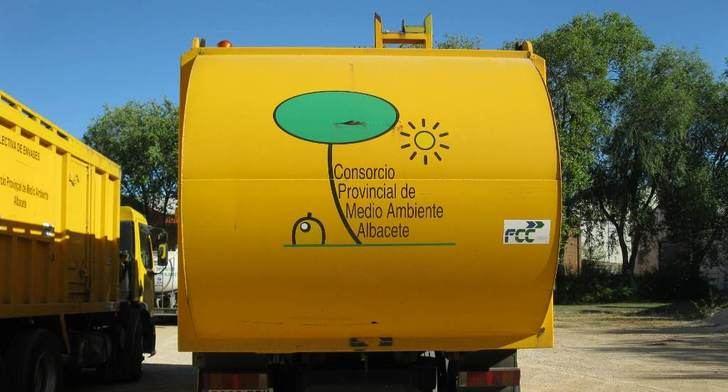 Más personal y rutas en el nuevo contrato de recogida selectiva de la Diputación de Albacete