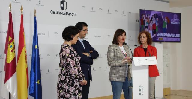 """Castilla-La Mancha reconoce el trabajo de cinco mujeres, """"trabajadoras incansables por nuestra igualdad y nuestros derechos"""""""