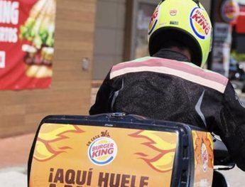 Imagen de archivo de un repartidor de Burger King.