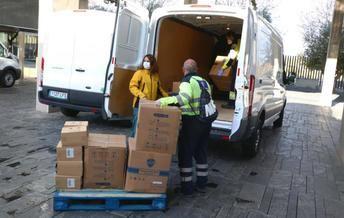 Castilla-La Mancha ha distribuido ya más de 6,3 millones de artículos de protección para los profesionales sanitarios