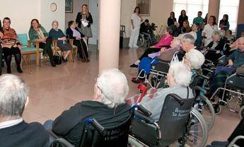 Sanidad permite salida de las residencias solo al domicilio familiar y por mínimo de 10 días