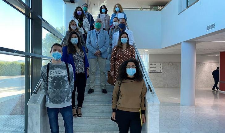 El Hospital de Almansa inicia su actividad docente tres nuevos residentes de Atención Familiar y Comunitaria