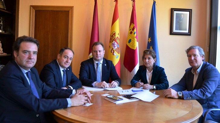 El repostaje de los vehículos eléctricos, oportunidad para los empresarios del sector en Albacete