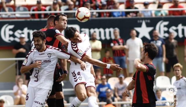El Albacete Balompié logró una importante victoria en su visita al Reus (1-2)