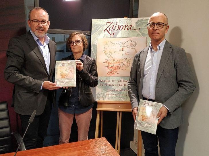 El número 68 de la revista Zahora recoge un monográfico sobre la cría del gusano de seda en la provincia de Albacete