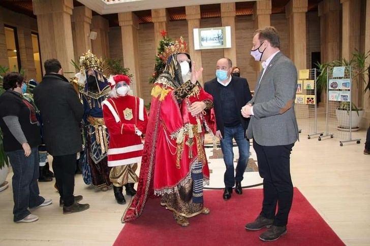 Albacete tuvo su tarde de Reyes Magos de Oriente y los niños sus regalos