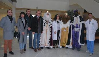 Los Reyes Magos visitaron varios colectivos e instituciones en Villarrobledo