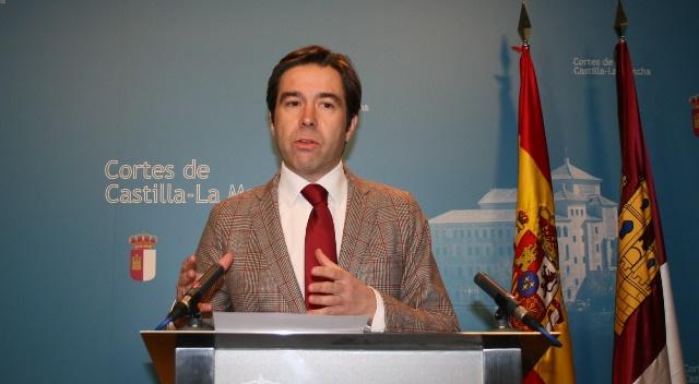 El PP dice que los 72 contratos de médicos sin homologación en Castilla-La Mancha