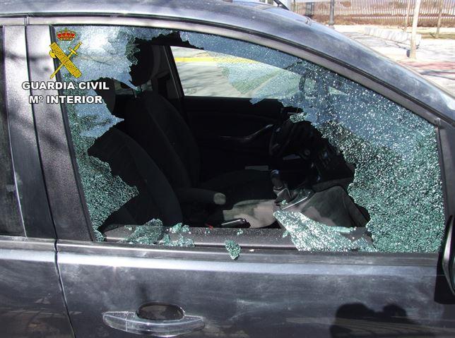 Detenido en Albacete un joven reincidente por robar en el interior de 7 vehículos