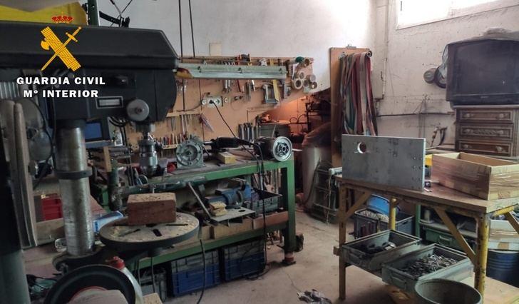 Detenido un antiguo trabajador de una cuchillería de Madrigueras (Albacete) por el robo de objetos valorados en 300.000 euros