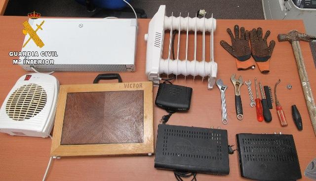 La Guardia Civil detiene a un vecino de Tobarra (Albacete) por varios robos y tráfico de drogas
