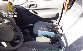 Detenidos cuatro jóvenes por ocasionar daños de 10.000 euros tras robar en 26 coches en Viso de San Juan